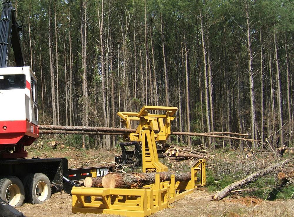 Riley Forestry Equipment - Logging Delimbers, Pull Through